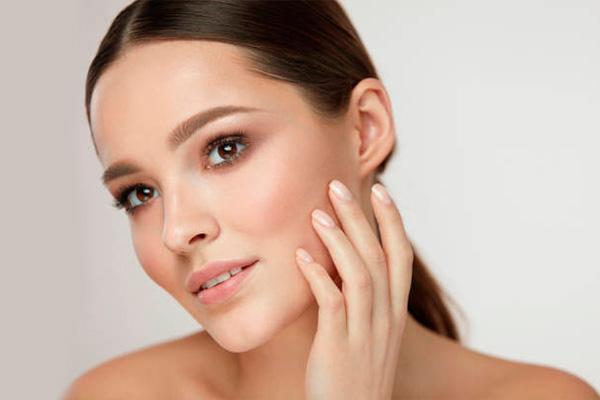 Complementos dietéticos y de cosmética imprescindibles para la piel en invierno. Parte 1.