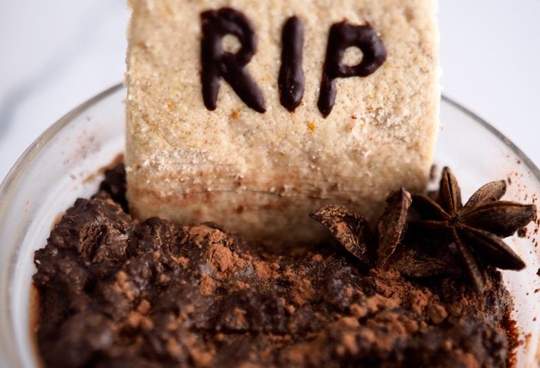 postre-vegano-para-halloween-tumbas-de-chocolate
